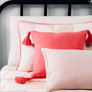 Hearth and hand pink lumbar pillow